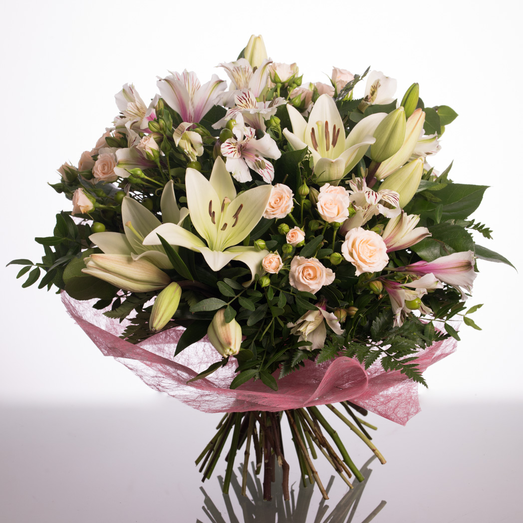 Ramo De Flores Blanco Y Rosa